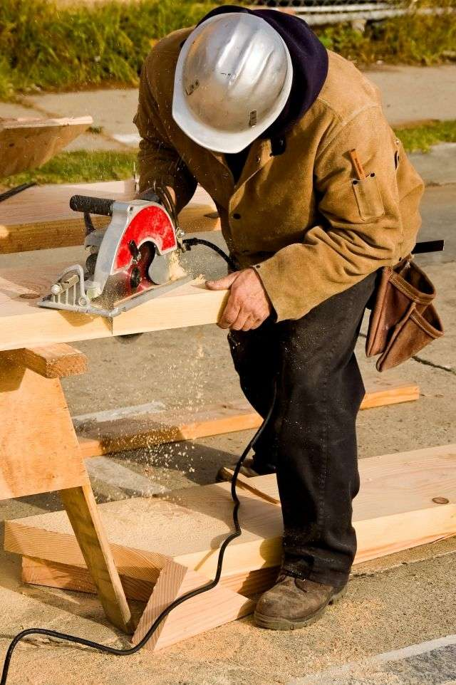 Dans la version 2013 du PTZ+, les logements dits BBC (Bâtiment de basse consommation énergétique) sont considérés comme des constructions ne disposant pas de performance énergétique particulière. Le PTZ+ ne pourra donc proposer qu'un prêt de 5 % à 30 % de la valeur d'un logement BBC. © Dwight Smith, shutterstock.com