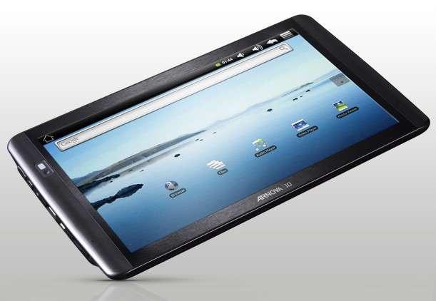 L'Arnova 10 Tablet est la plus grande tablette « low-cost » d'Archos. Malgré un écran 10,1 pouces, elle ne coûte que 199 euros. © Archos