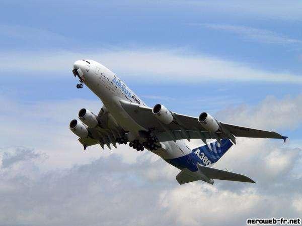 Airbus A380 lors de son vol de démonstration