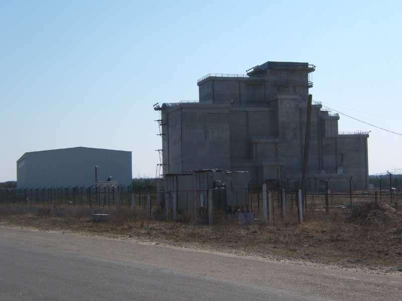 La nouvelle installation de stockage à sec. © Tchernobyl NPP, 2007