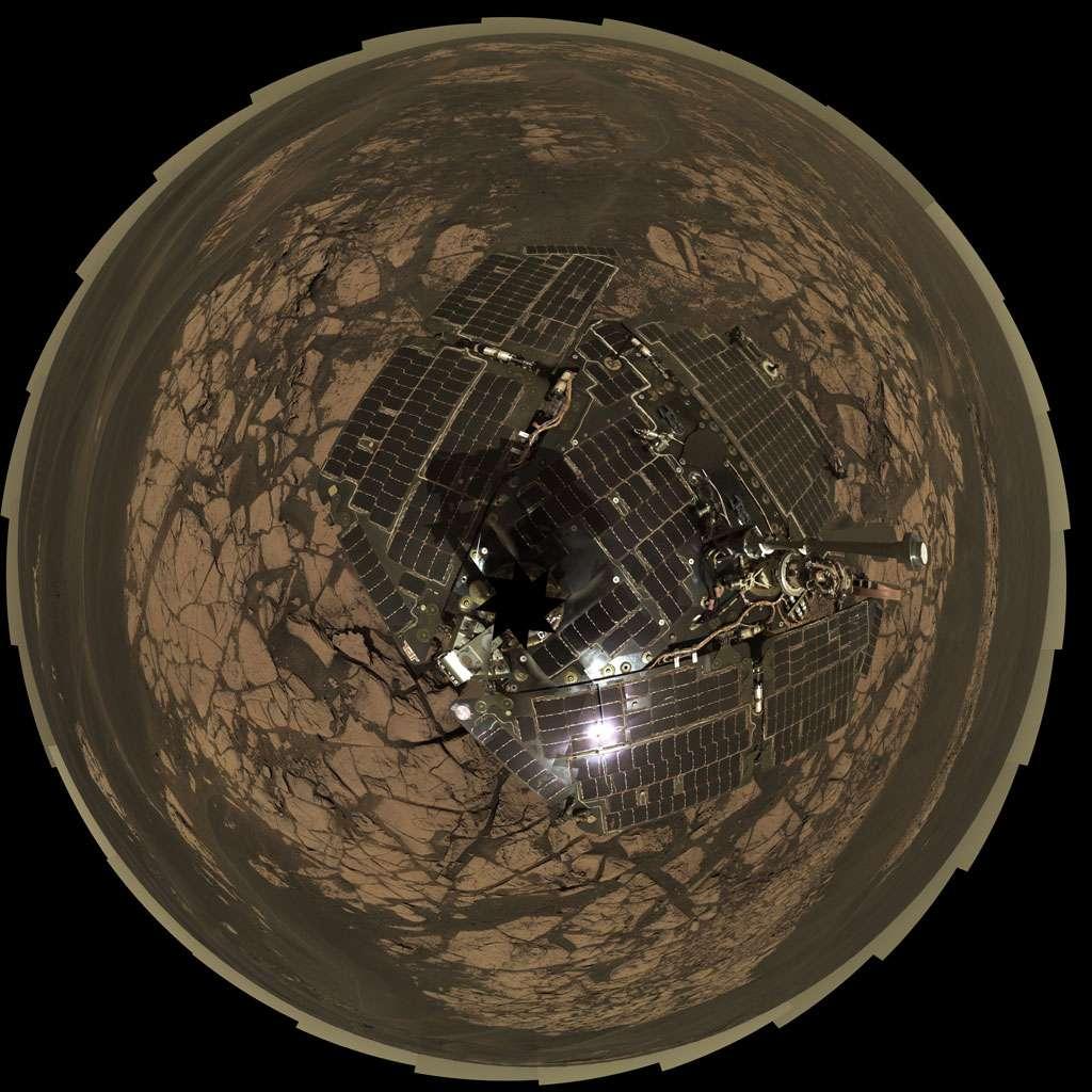 Vue aérienne (polaire) d'Oppy au sommet d'Erebus