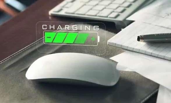 La technologie sans fil WattUp promet de charger non seulement les terminaux mobiles mais également tous les appareils électroniques domestiques : clavier et souris sans fil, télécommandes, capteurs domotiques, etc. © Energous