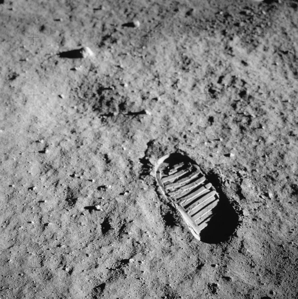 Premier pas de l'Homme sur la Lune