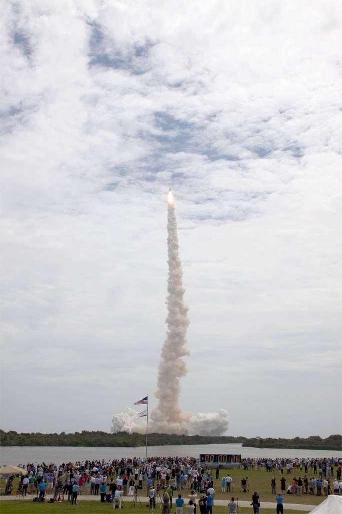 Qui pour succéder aux navettes à destination de l'ISS ? La Nasa a mis en compétition les capsules de Boeing et SpaceX, ainsi que l'avion spatial de Sierra Nevada. © Nasa