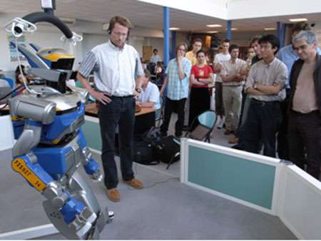 Un exemple des résultats de la formation : le robot a été commandé par le système de programmation par langage oral. © LAAS-CNRS
