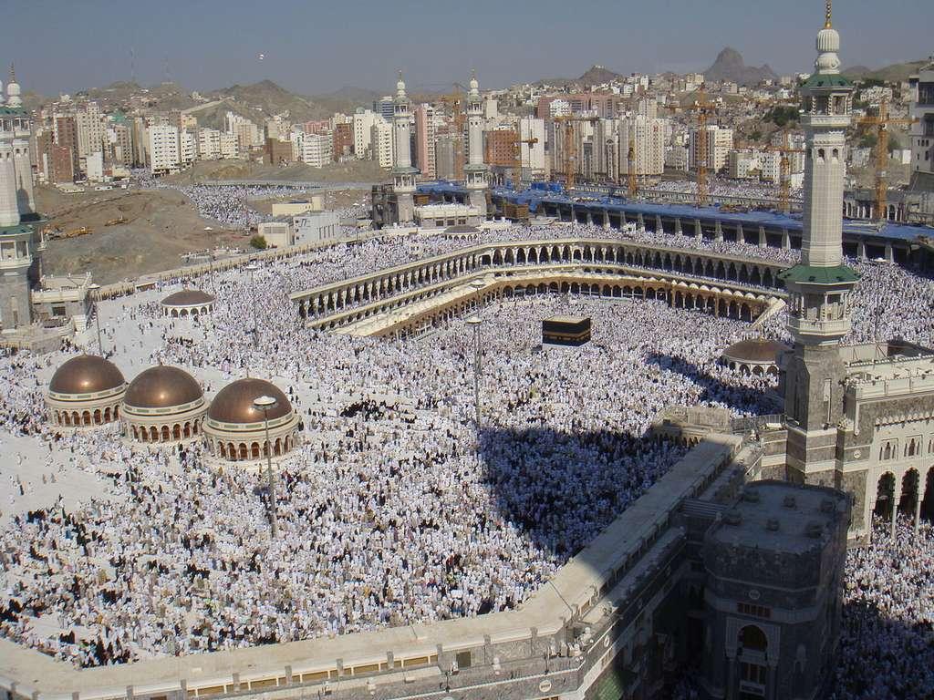 Le hajj, le célèbre pèlerinage musulman à La Mecque, concentre des millions de pèlerins. Les risques d'épidémie de MERS-CoV à la suite de ce rassemblement sont importants. Vigilance donc. © Al Jazeera English, Wikimedia Commons, cc by 2.0