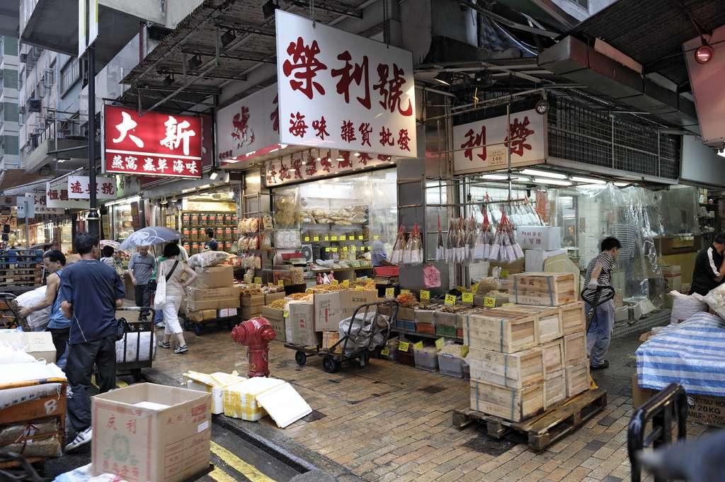 Sans critiquer la culture chinoise, des mesures plus drastiques auraient dues être prises pour empêcher cette pandémie. © OutdoorPhotos, Adobe Stock