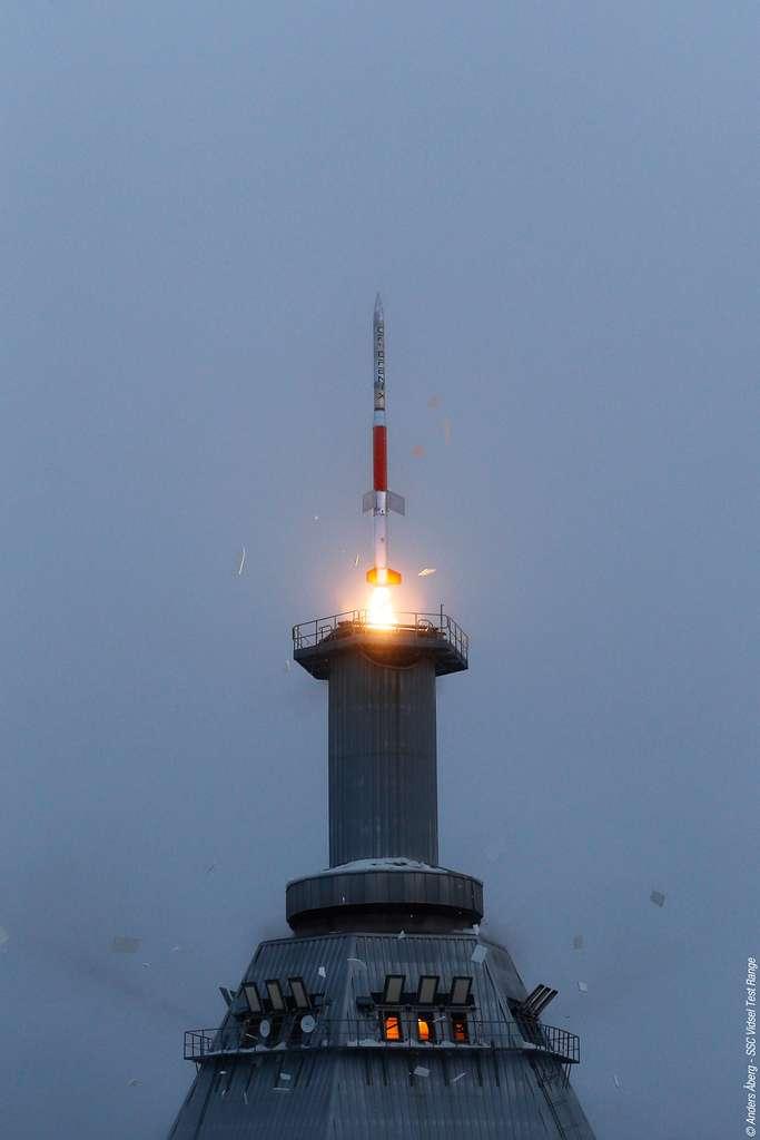 Cryofenix ou une expérience de microgravité pour améliorer les performances d'Ariane 6. Réalisé en février 2015, ce démonstrateur a testé en vol pour la première fois en Europe, le comportement d'hydrogène liquide cryogénique (soit à une température de -253 °C) durant 6 mn de microgravité © Anders Aberg, SSC Vidsel Test range