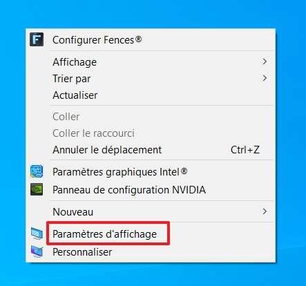 Faites un clic droit sur le Bureau et allez dans les « Paramètres d'affichage ». © Microsoft