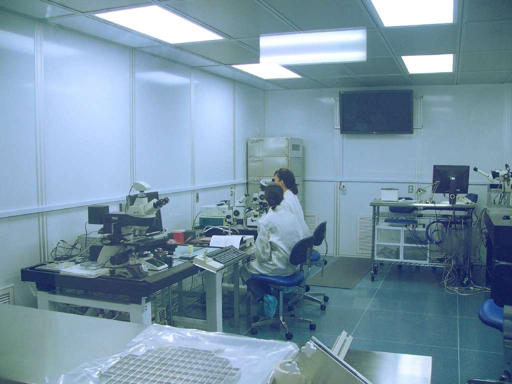 Dans la pièce blanche du Johnson Space Center