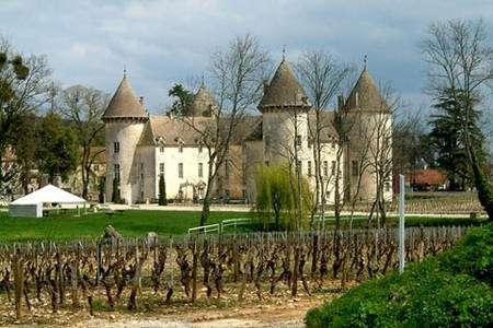 Château-Savigny-les- Beaune © Wikipedia - Domaine public
