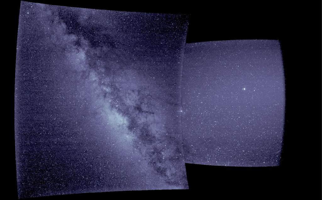 Ces deux images ont été acquises par Wispr. La partie gauche par le télescope externe et la partie droite, le télescope interne. © Nasa, University of Michigan, Parker Solar Probe