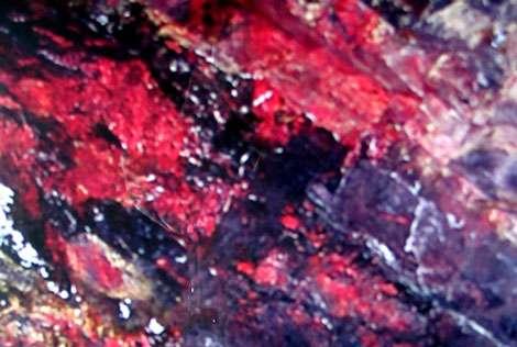 Quartzite minéralisé en cinabre. © Webmineral, tous droits réservés