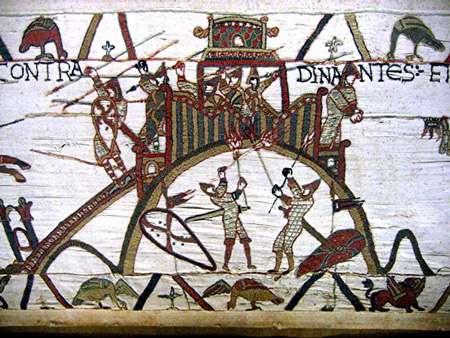 Motte de Dinan © Wikipedia