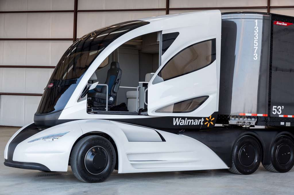 Le camion pensé par Walmart mise beaucoup sur l'aérodynamique et l'usage de la fibre de carbone pour optimiser ses performances et sa consommation. © Walmart