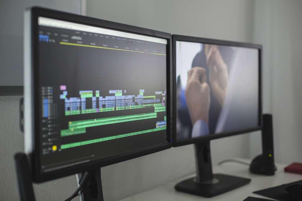 Filmer son écran, une opération pas si complexe que cela. © Milos, Adobe Stock