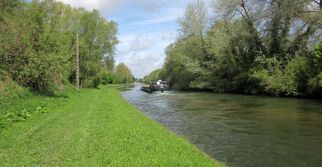 Canal de Saint-Quentin. © Maarten Sepp, Wikimedia commons, CC by-sa 3.0