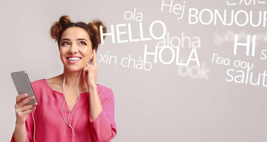 Dans un premier temps, huit langues seront concernées : français, anglais, allemand, portugais, espagnol, russe, hindi et thai. © Prostock-studio, Adobe Stock
