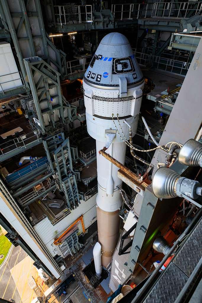 Le système de transport habité de Boeing avec le lanceur Atlas V d'ULA et la capsule Starliner. © Nasa, Kim Shiflett