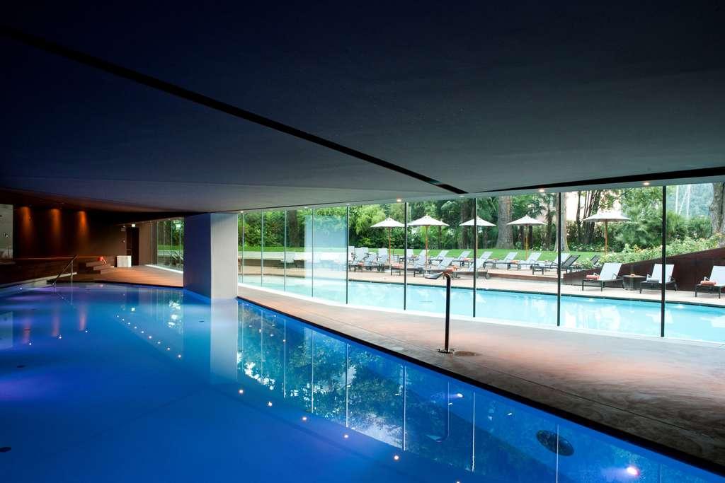 Vue de la piscine intérieure du Lido Palace
