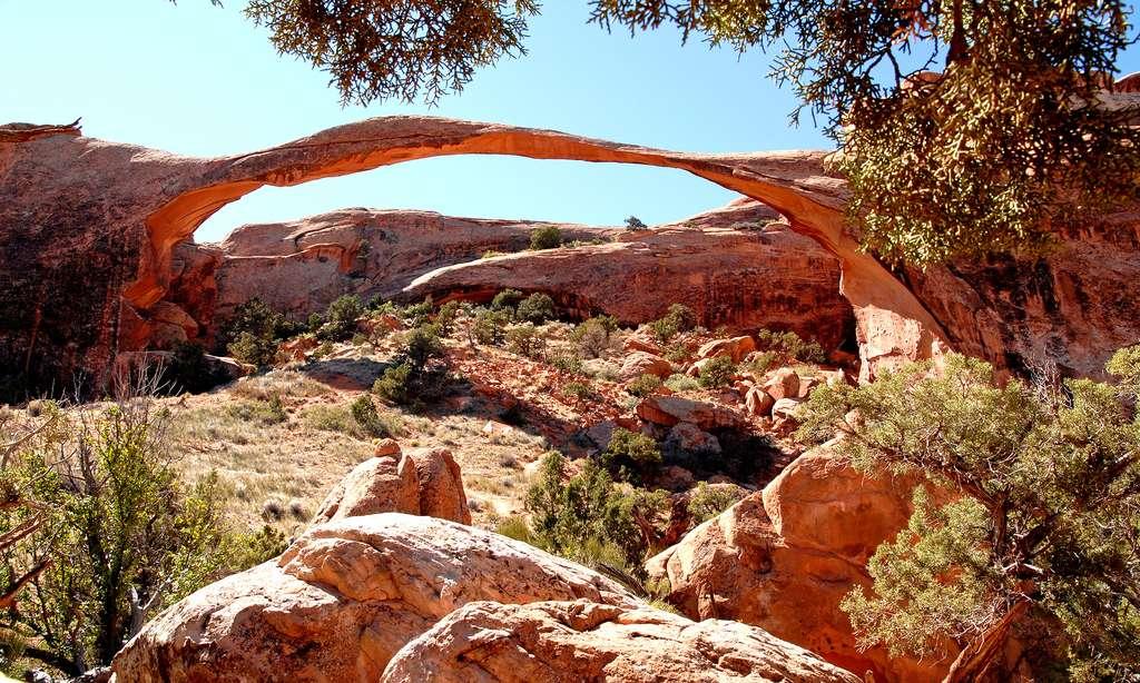 La plus longue des arches : Landscape Arch dans le « Jardin du diable » (88 m de long) © Antoine - Tous droits réservés