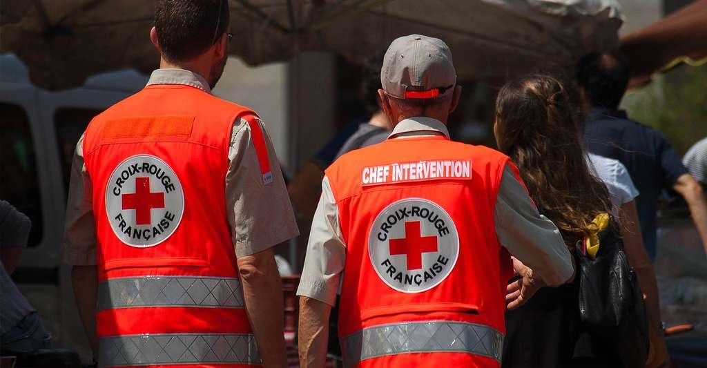Apprenez les gestes de secourisme qui sauvent avec la Croix-Rouge française. © Pablo029, CC by-sa 4.0