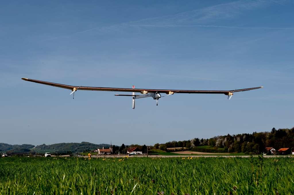 Année 2011 : l'avion solaire Solar Impulse est l'invité spécial du salon. © Solar Impulse, Fred Merz, rezo.ch