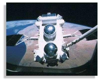Le satellite CGRO, avec à son bord les modules OSSE, EGRET, BATSE et COMPTEL.