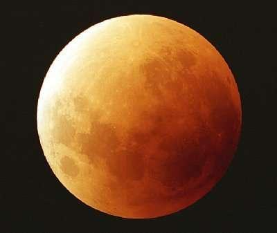 Aspect de la Lune lors d'une éclipse totale. © Christian VILADRICH