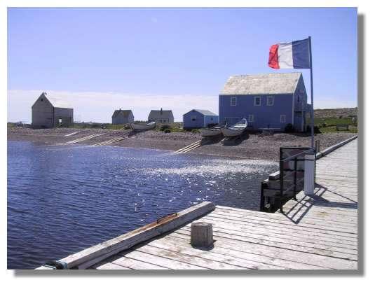 Arrivée sur l'Ile aux Marins. « La France en Amérique du Nord » a longtemps été le slogan de ce petit archipel situé au large du Canada. © C. Marciniak