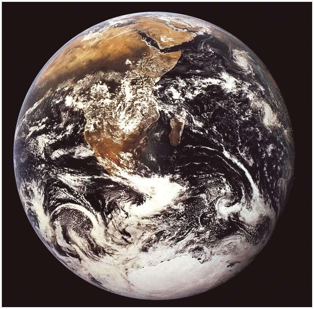 La Terre vue de l'espace par les astronautes d'Apollo 17. © Nasa