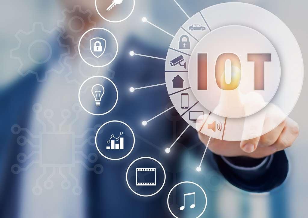 Les problématiques de sécurité informatique et de protection des données restent un frein au développement total des objets connectés dans notre vie quotidienne. © NicoElNino, Adobe Stock.
