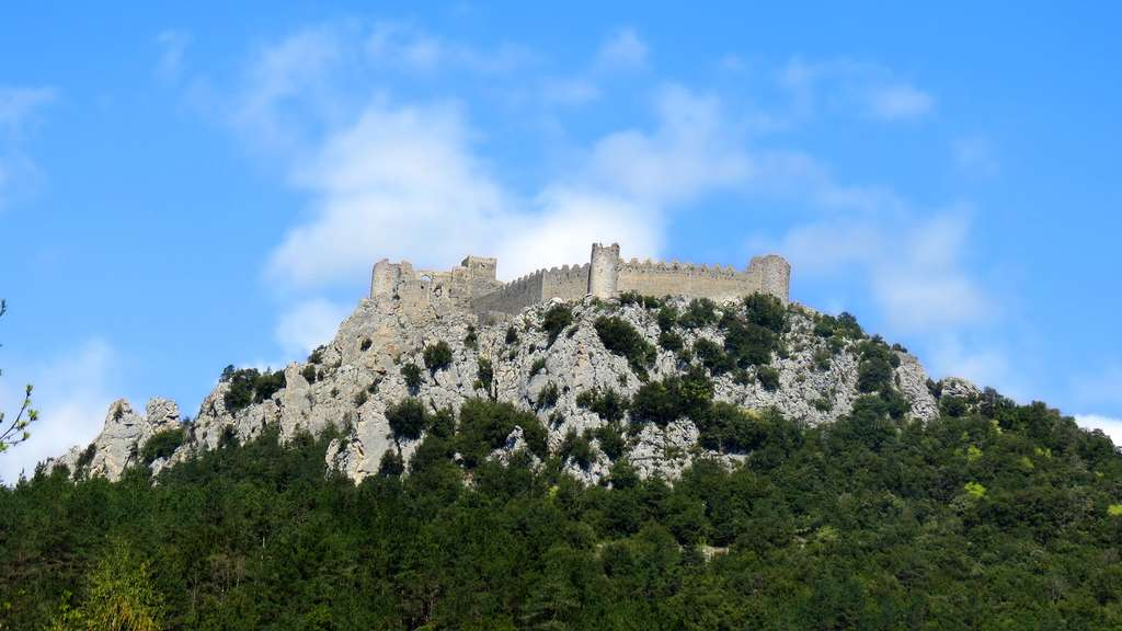 Puilaurens, forteresse de la résistance cathare