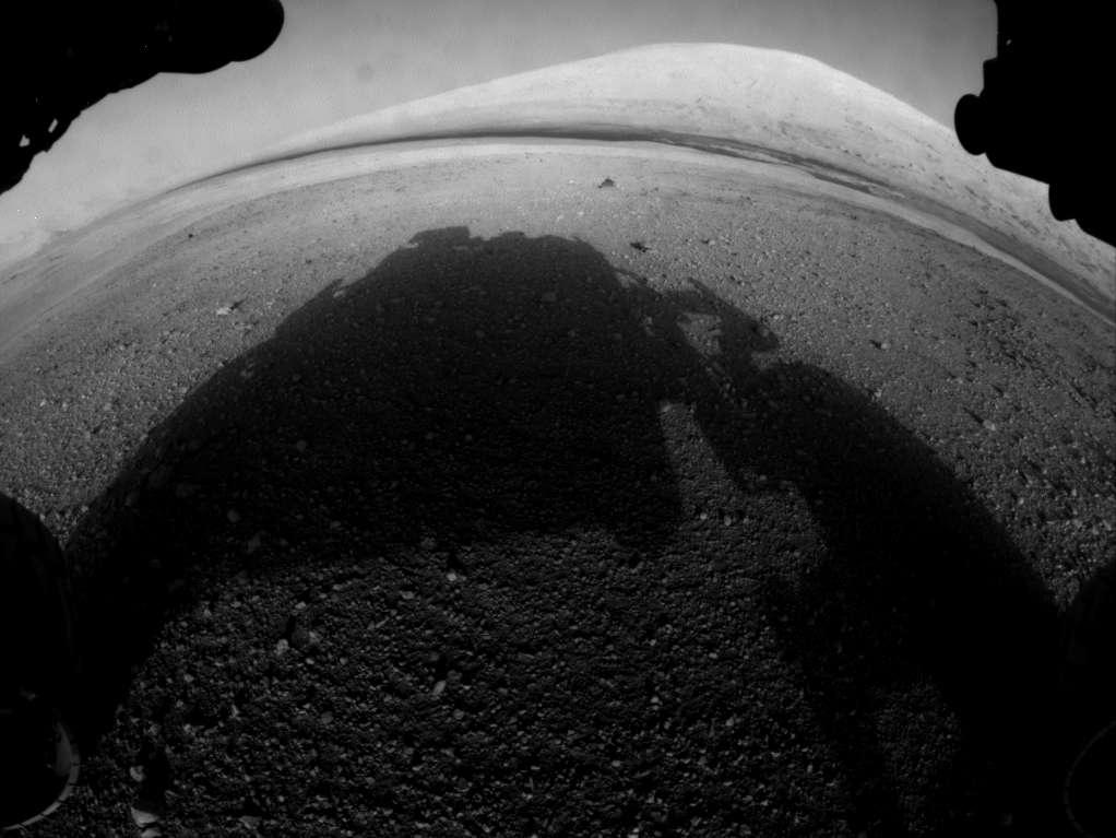 Une des premières vues de Mars par Curiosity