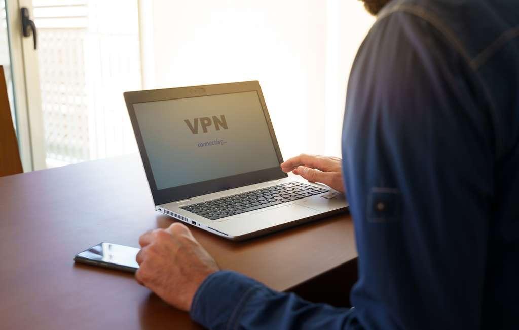 Pour une navigation sécurisée sur Internet. © tanaonte, Adobe Stock