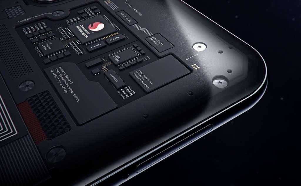 Le Mi9 intègre le processeur le plus rapide du marché © Qualcomm