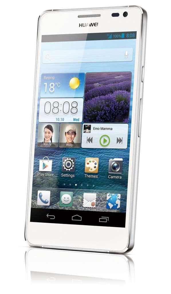Plus fort que les meilleurs, selon son constructeur, l'Ascend P2 d'Huawei sera vendu 399 euros durant le deuxième trimestre 2013. © Huawei