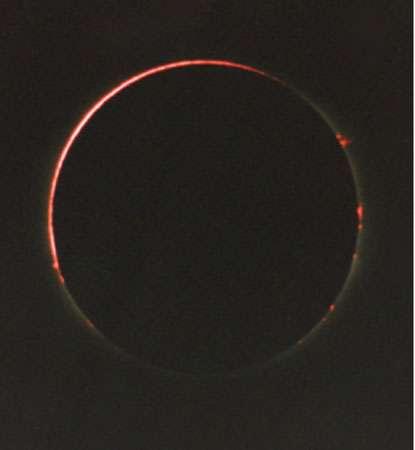 Arc de chromosphère le 24 octobre 1995 © : Philippe Morel, SAF - Reproduction et utilisation interdites