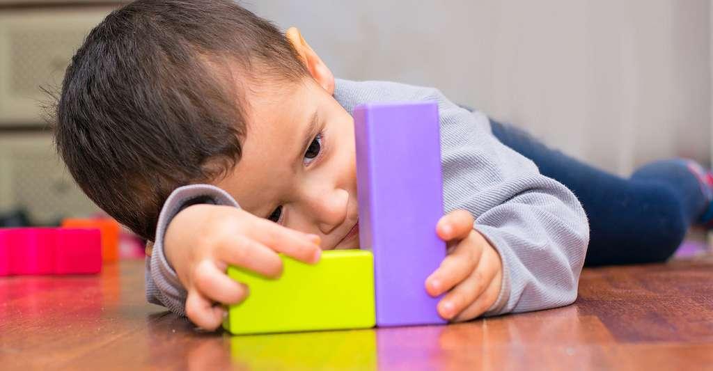 Comment traiter l'autisme ? © Mariia Nazarova, Fotolia