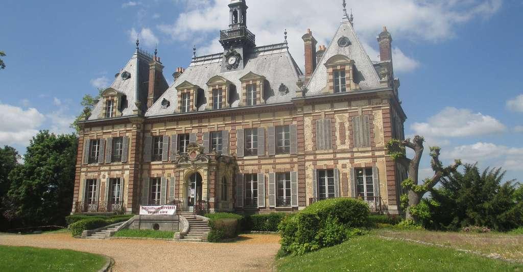 Façade du château de Nogent-le-Roi. © Thomon, Wikimedia commons, CC by-sa 4.0
