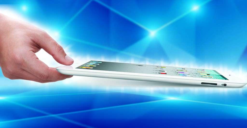 Les tablettes bénéficient d'une technologie évoluée, basée sur des concepts existants, mais développés. Ici, l'iPad 2, sorti en mars 2011, dont la nouveauté mise en avant était sa plus grande finesse (33 %) par rapport au premier iPad. © Apple