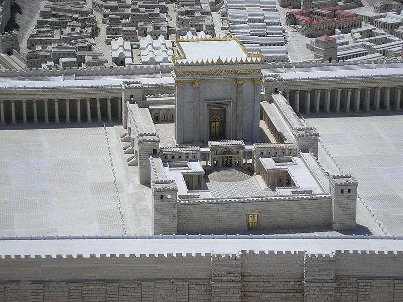Maquette du Temple d'Hérode, immense édifice juif décidé par Hérode 1er s'ajoutant au Second Temple de Jérusalem. © deror avi, Wikipédia