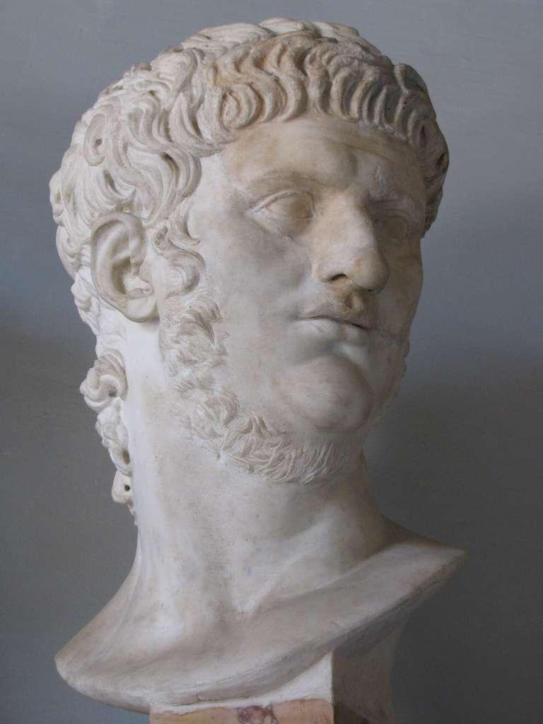 Statue de Néron réalisée sous son règne. © DR