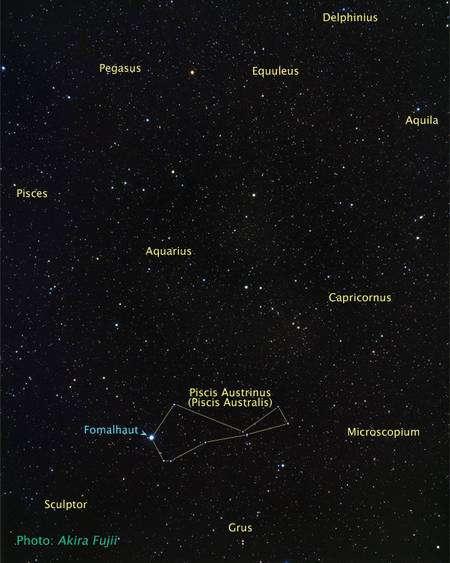 Cliquez pour agrandir. L'étoile Fomalhaut dans la constellation du Poisson Austral. Crédit : A. Fujii, NASA, ESA, and Z. Levay (STScI)