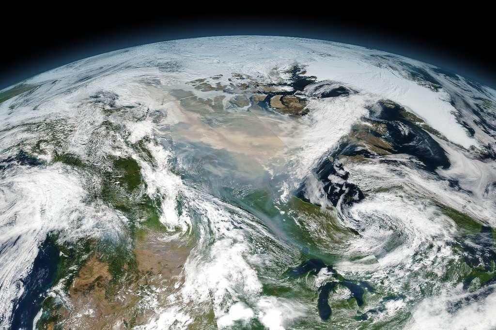 Les fumées dégagées lors du méga-incendie de forêt au Canada en juillet 2017 ont été tellement importantes qu'elles ont perduré près de huit mois dans la haute atmosphère. © Nasa Earth Observatory