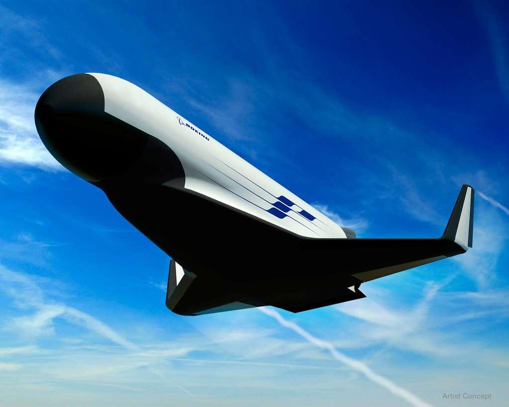 Boeing s'est inspiré de son X-37B, dont un exemplaire vole autour de la Terre depuis plus d'un an, pour proposer à la Darpa son concept d'XS-1. © Boeing