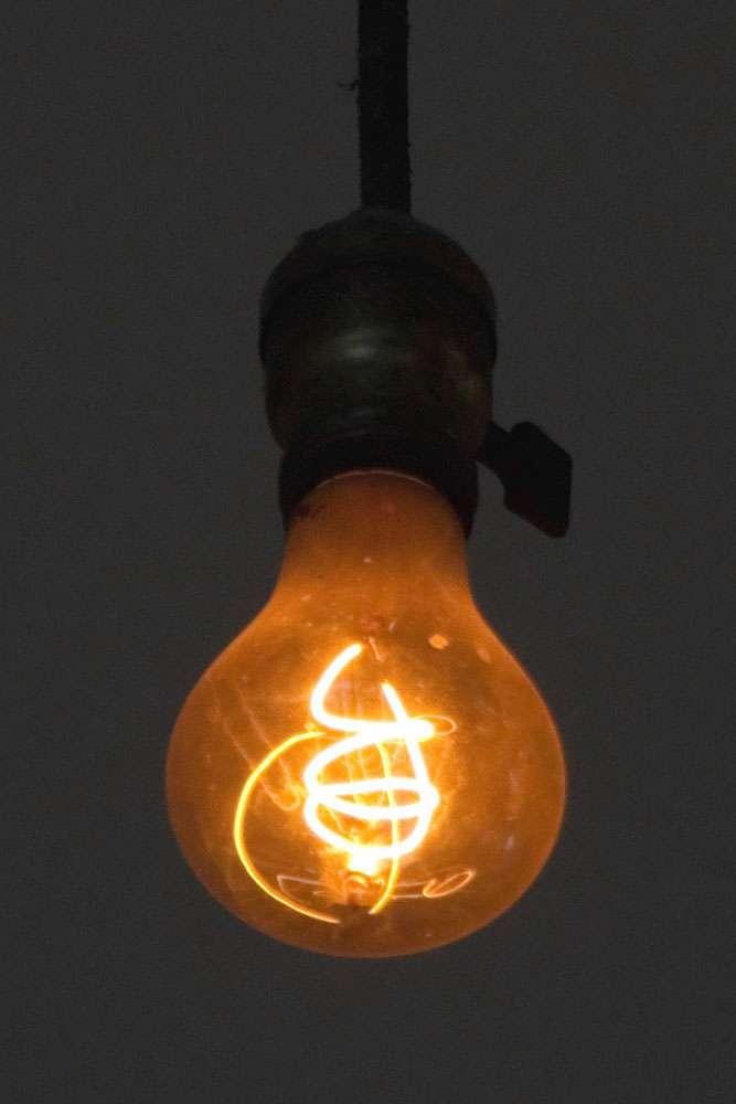 L'ampoule de Livermore éclaire une caserne de pompiers depuis plus de 100 ans ! © LPS 1, CC by-nc 1.0