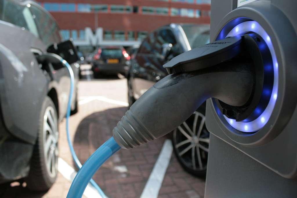 À l'usage, les véhicules écologiques sont généralement bien moins chers. © estations, fotolia