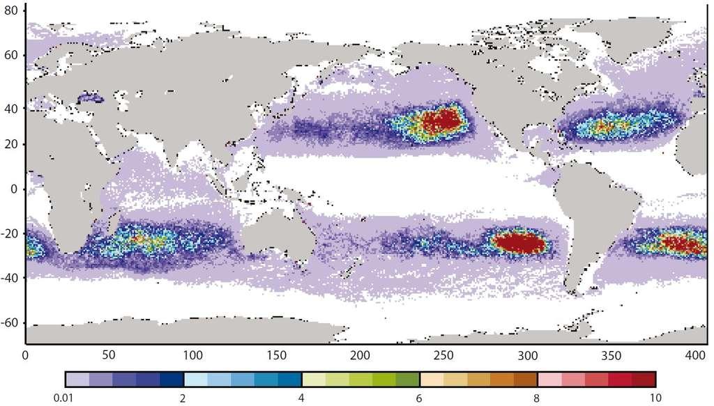 Répartition, obtenue par modélisation, des déchets de plastiques dix ans après leur dépôt dans l'océan. On remarque cinq zones de concentration, deux dans le Pacifique, deux dans l'Atlantique et une au sud de l'océan Indien. © IPRC 2008