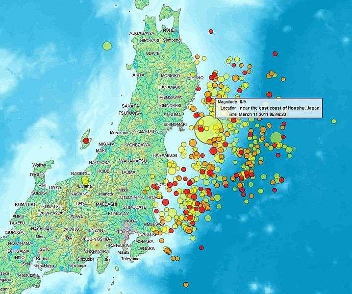 Le séisme de Tohoku du 11 mars 2011 (représenté ici par le plus grand cercle) a été suivi de nombreuses répliques, dont 56 de magnitude supérieure à 6. © DP